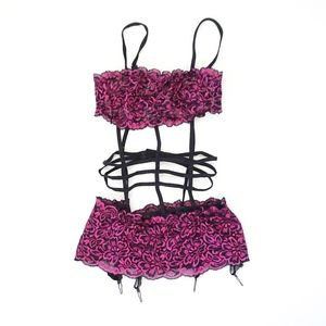 Fredericks of Hollywood Fuscia black lace Teddy